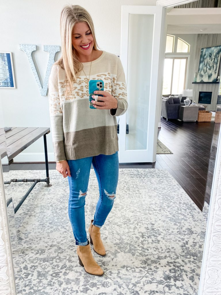 Fall Looks With Pink Lily #colorblockweater #cheetahprint #skinnyjeans #booties #fallfavorites