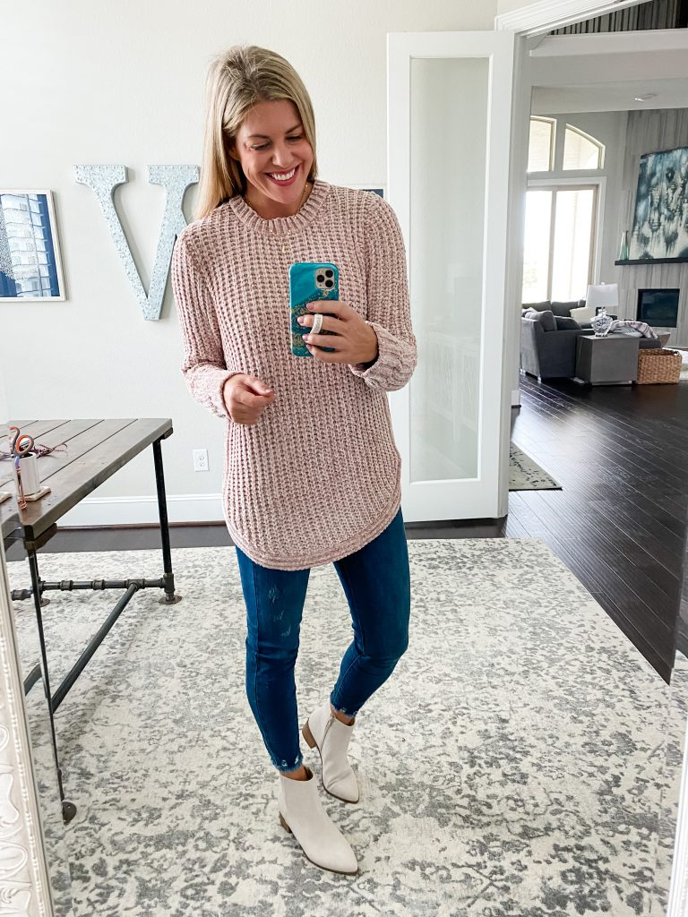 Fall Favorites From Pink Lily #tunicsweater #pinksweater #skinnyjeans #booties #falloutfits
